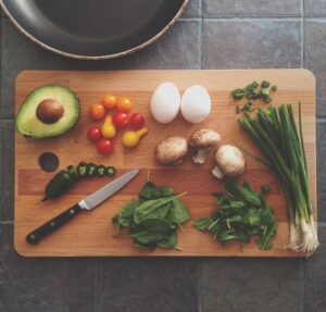 The best way to cook veg for healthy goodness. A variety of vegetables on a chopping board