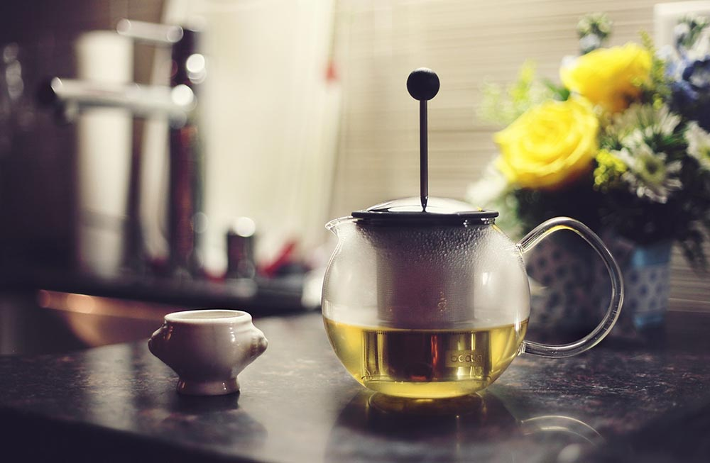 Love green tea? Boiling water can kill the goodness of it