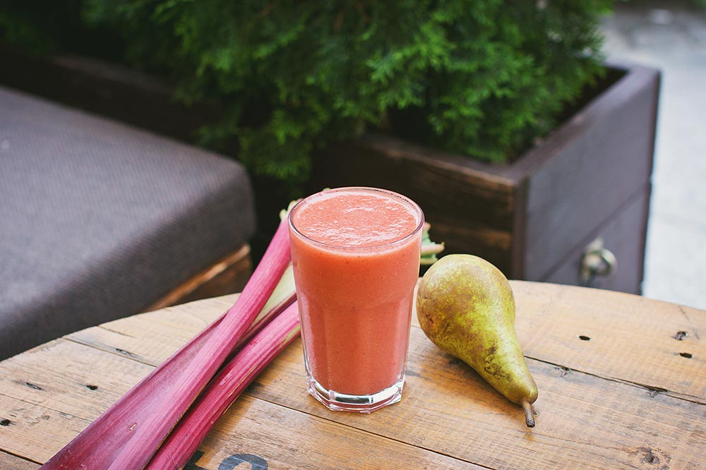The ultimate post big night out detox smoothie and why