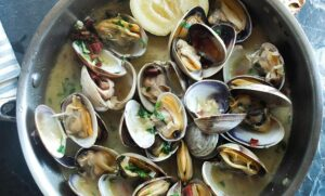 How does protein become a muscle? A dish of fish mussels
