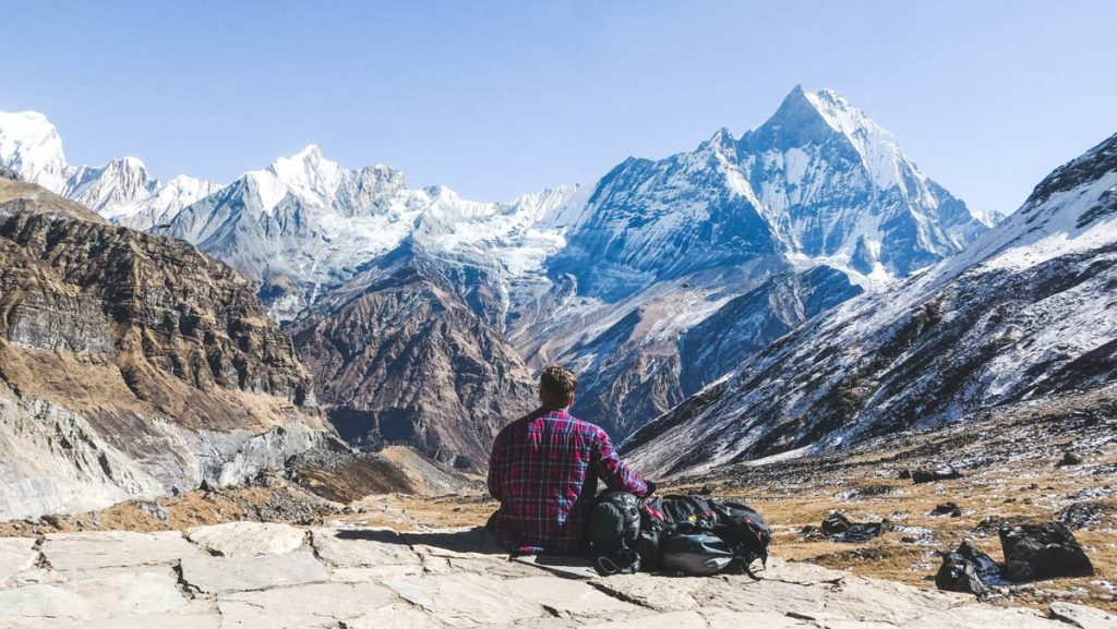 7 top tips tech checklist for digital nomads before travelling
