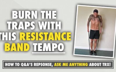 A resistance band exercise to target the traps